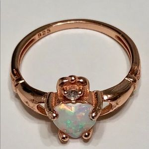 Ladyalmira Deang's Closet (@davich_jewelry) | Poshmark